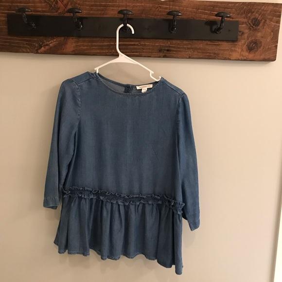 Tops - Boutique denim blouse- button down back